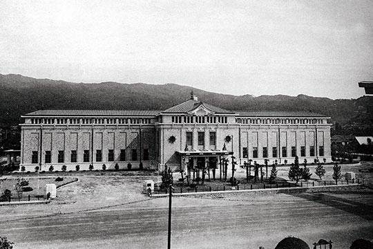 1933年
